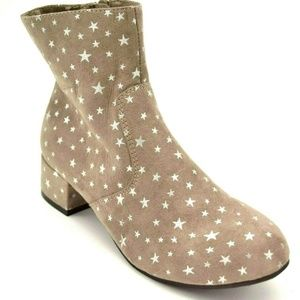 So Authenic American Heritage Ankle Boots New
